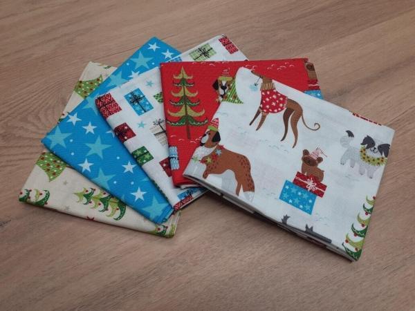 Doggy Christmas Fat Quarter Bundle
